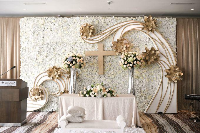 Pullman Hotel Thamrin - Thyo & Kezia Holy Matrimony by Impressions Wedding Organizer - 004