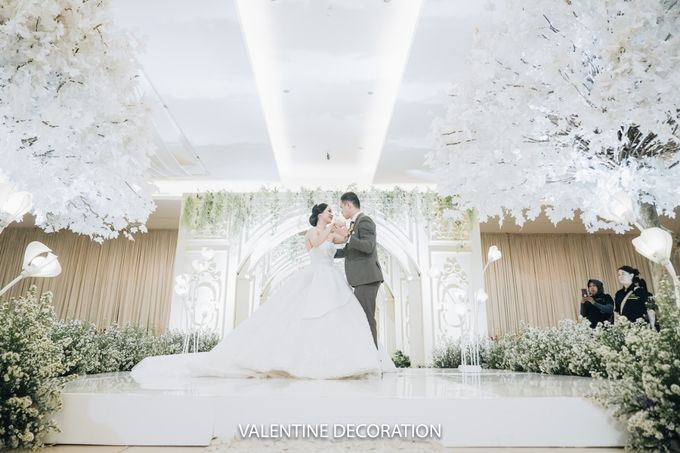 Rizal & Lilis Wedding Decoration by By Laurentialili - 021