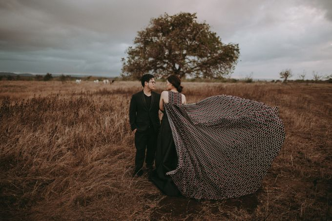 Anton & Cynthia Elopement Session by Chroma Pictures - 011