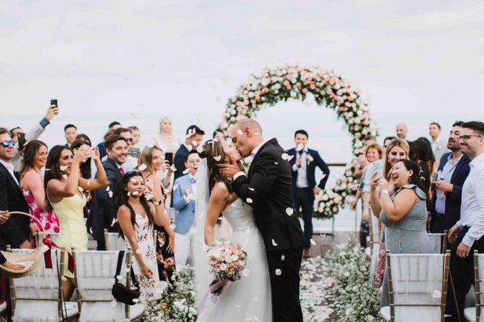 Ashley & Alan Wedding by The edge - 003