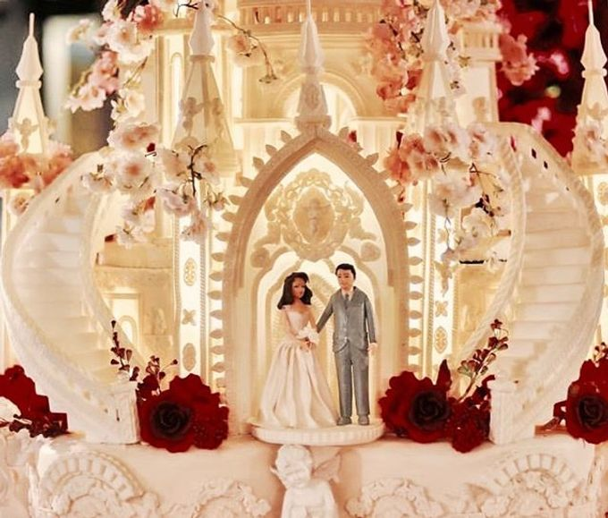 Masterpiece and Signature Wedding Cakes by LeNovelle Cake - 017