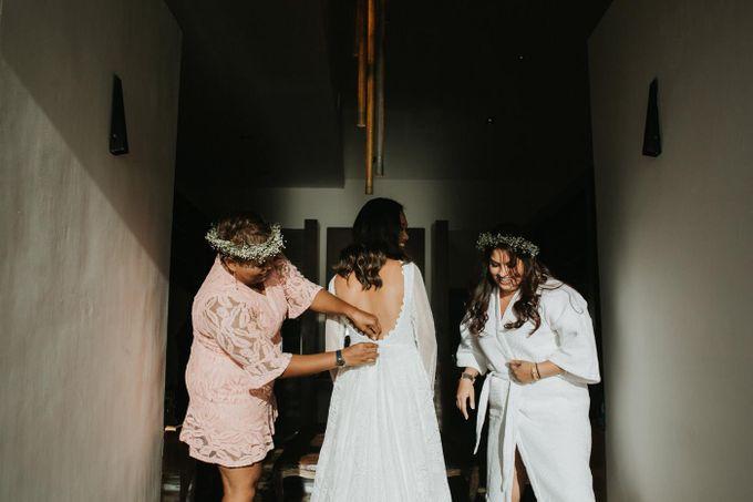 Bali  Wedding - Tom & Sue at Villa Anugrah by ILUMINEN - 005