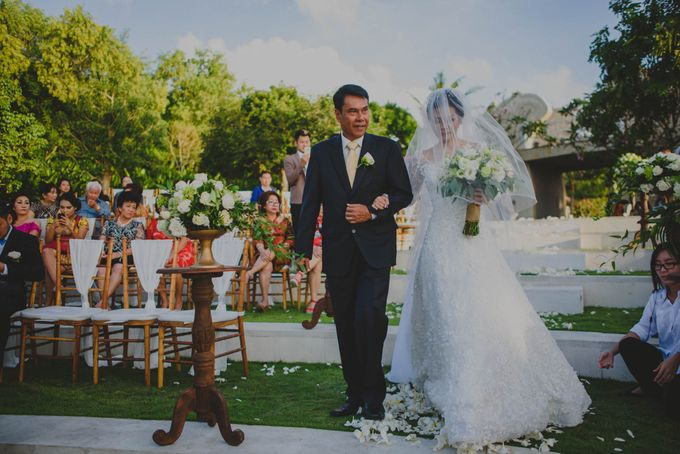 RUSTIC WEDDING DAVID AND JOICE IN SKY AYANA BALI by W organizer - 033