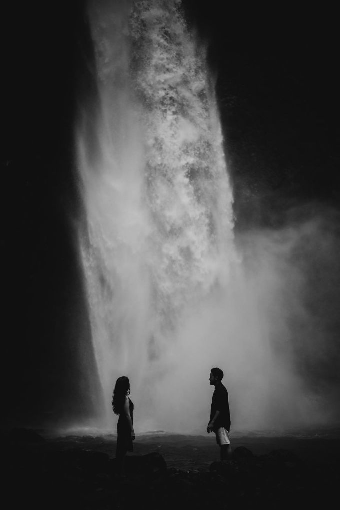 Nungnung Waterfall - Tania & Rey Connection Session by ILUMINEN - 003