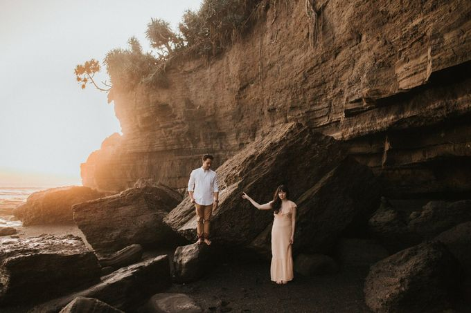 Nungnung Waterfall - Tania & Rey Connection Session by ILUMINEN - 011