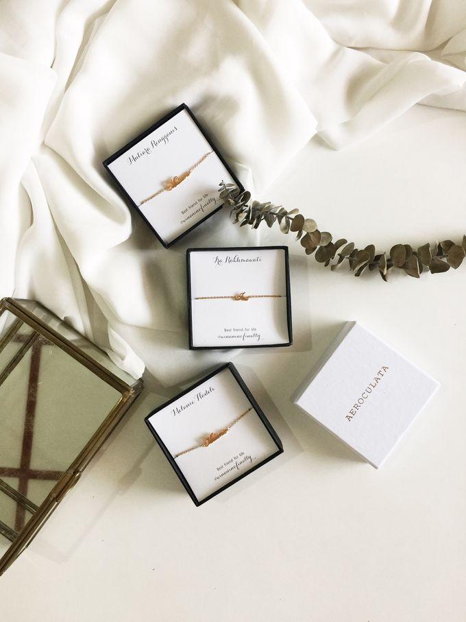 Erwina Bridesmaids Gifts by AEROCULATA - 005