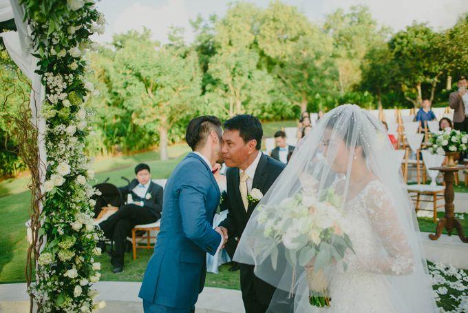 RUSTIC WEDDING DAVID AND JOICE IN SKY AYANA BALI by W organizer - 034