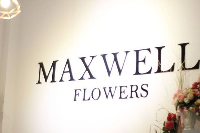 Store by Maxwell Flowers - 006