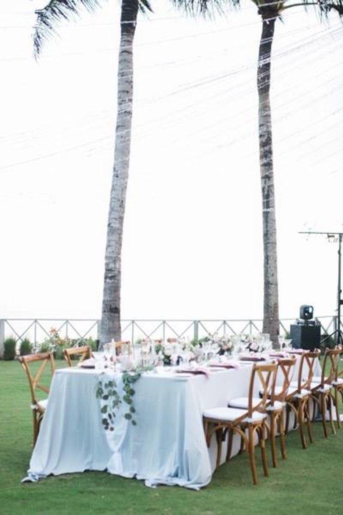 Khayangan Estate - Alfresco Cliff Edge Dining by Flora Botanica Designs - 026
