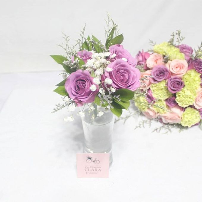 Hand bouquet by La Fleuriste Clara - 001