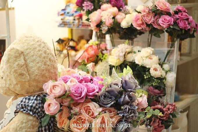 Store by Maxwell Flowers - 005