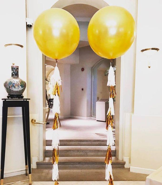 Giant Round Helium Balloon by Balloon Blasters - 006