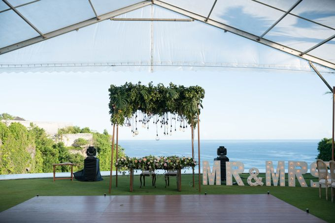 The Wedding of Shawn & Janet by Bali Yes Florist - 011