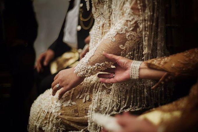 Uti & Rama Wedding by Davy Linggar Photography - 001