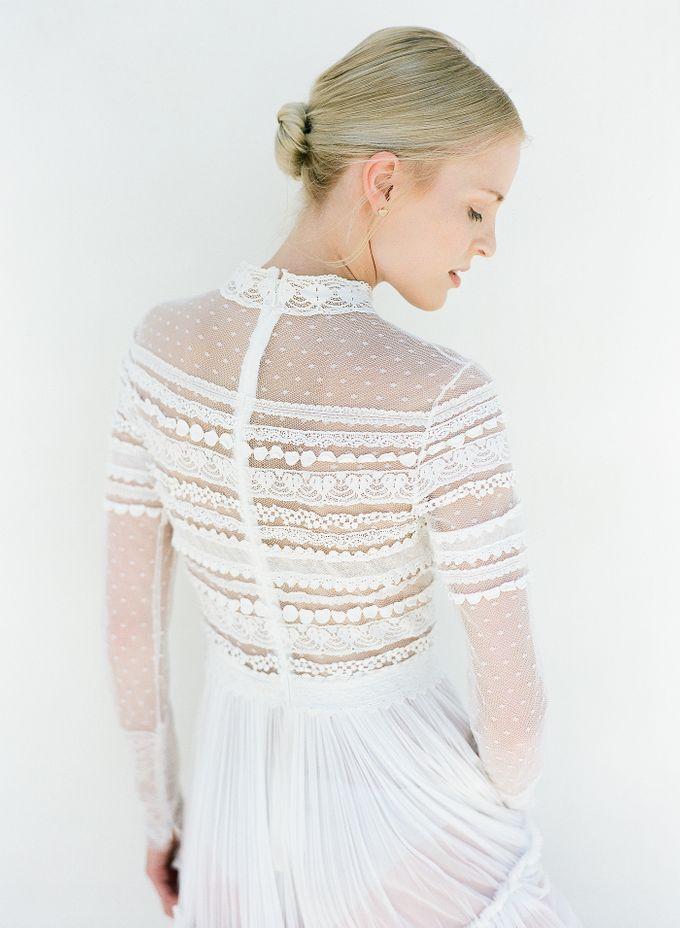 ARTISTIC WEDDING DRESS geometric greek period inspiration dress by Sotiris Tsakanikas Photography - 015