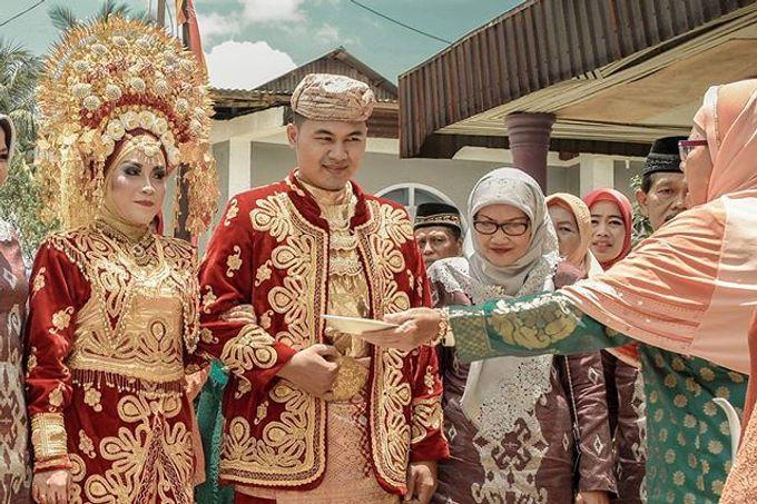 traditional wedding of minang kabau by Artdam Photography - 002
