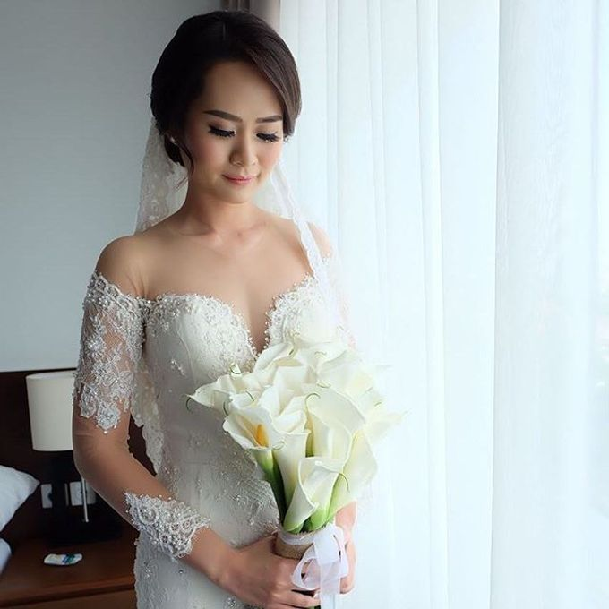 Fenny &  SIEWIN  WEDDING by Marsia Yulia Signature. Natural and Korean Make Up Specialist. - 002