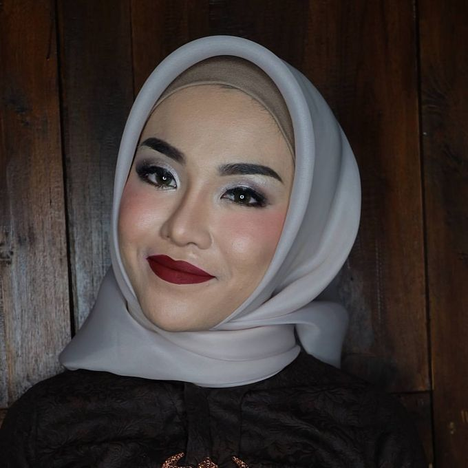 international wedding hijab by White Make Up and Hair Do - 009