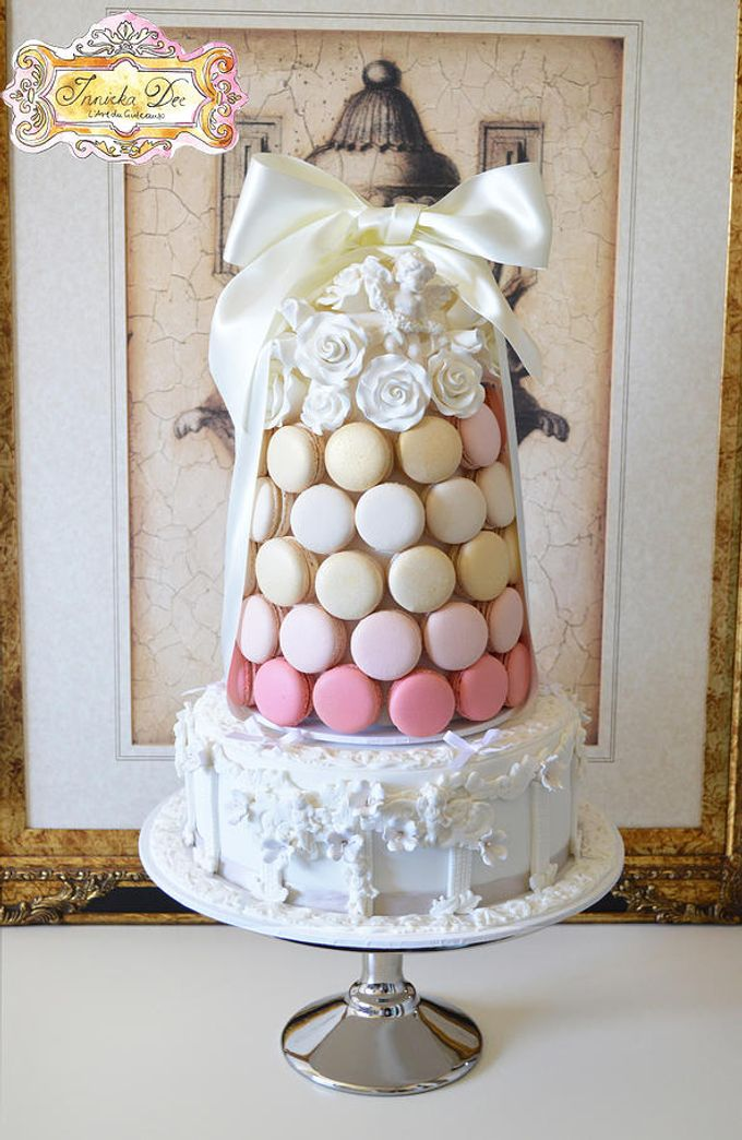 Wedding Cakes by Innicka Dee Cakes - 007