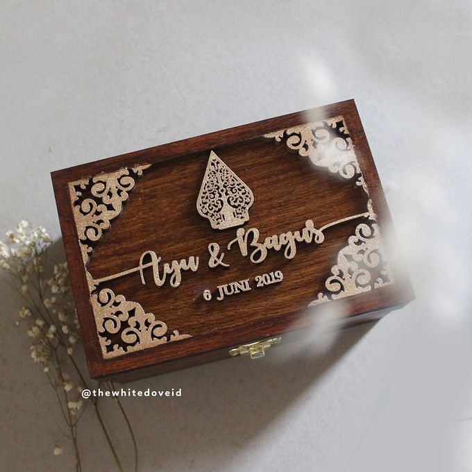 Wedding Box by The White Dove - 001