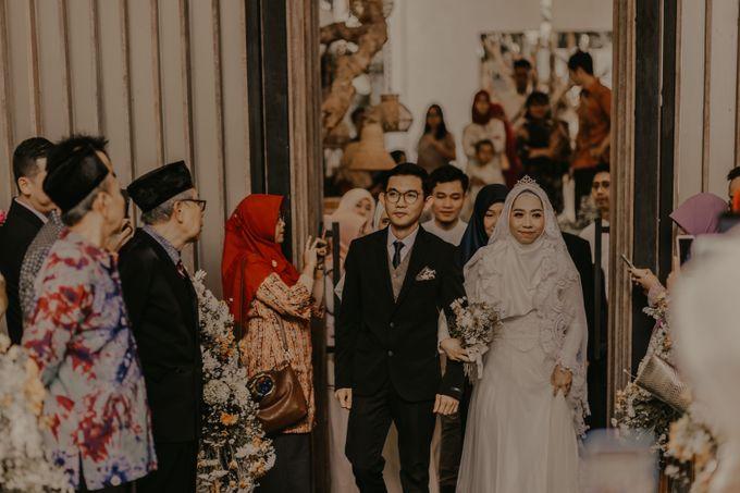 Aisyah & Aziz Wedding at Azila Villa by AKSA Creative - 024