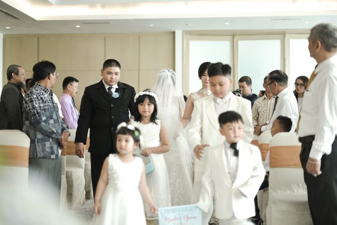 Pullman Hotel Thamrin - Thyo & Kezia Holy Matrimony by Impressions Wedding Organizer - 005