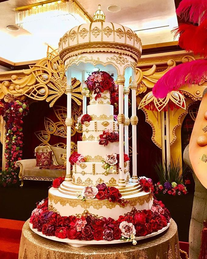 Masterpiece and Signature Wedding Cakes by LeNovelle Cake - 013