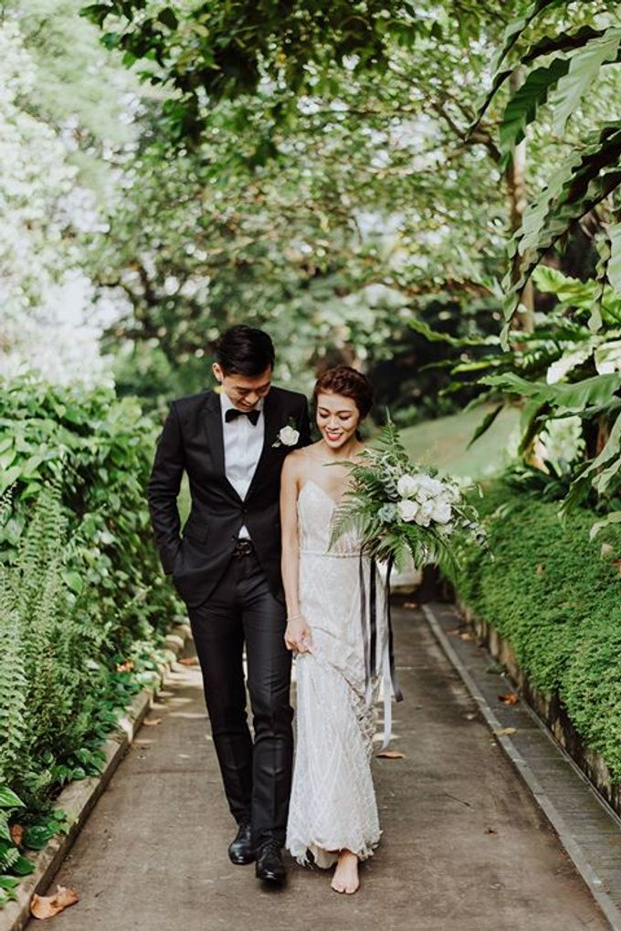 Contemporary Botanic Styled Shoot by Amperian - 037