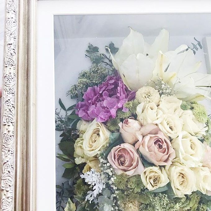 Yoel and  Fransisca PeonyRosesLily Bouquet by CONSERVÉ FLOWER PRESERVATION - 002