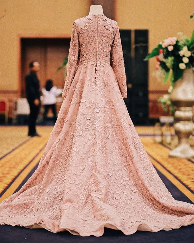 Rose gold wedding dress by FANNY KARTIKA - 003