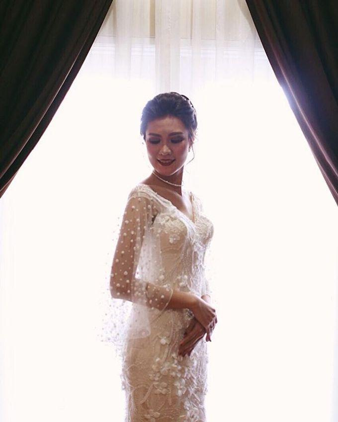Ivory Wedding Gown  by FANNY KARTIKA - 002