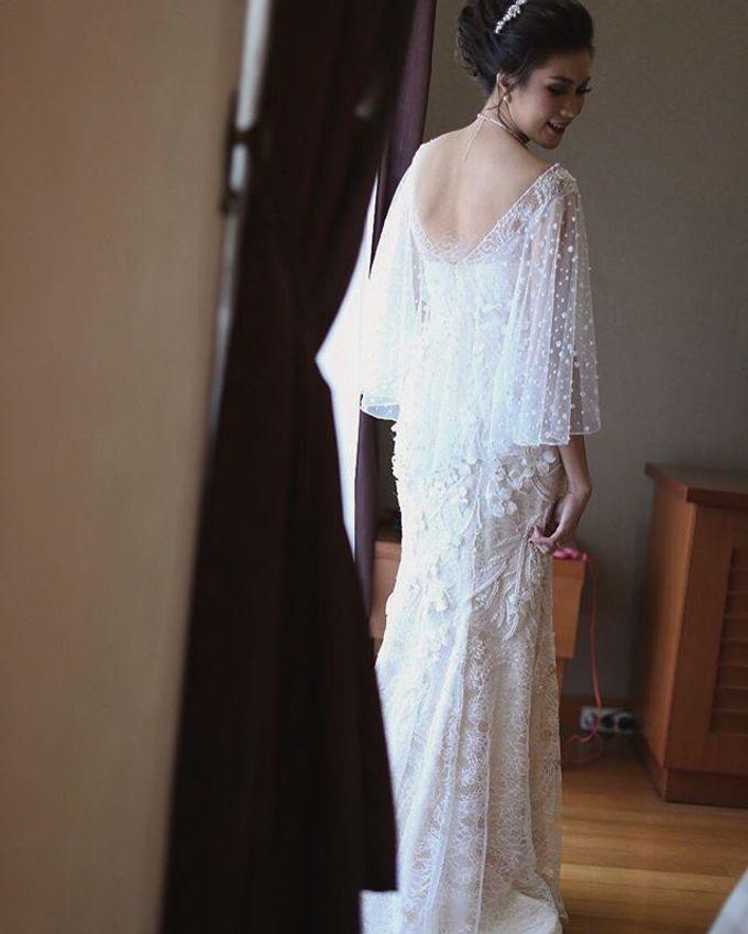 Ivory Wedding Gown  by FANNY KARTIKA - 006