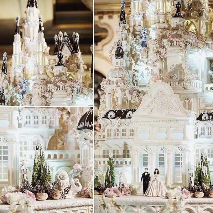 Masterpiece and Signature Wedding Cakes by LeNovelle Cake - 010