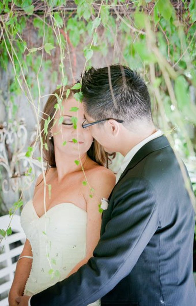 Dandenong Mountains Wedding by Innicka Dee Cakes - 012