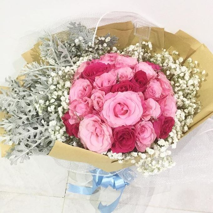 Personal Hand Bouquet by Flowers & Lyrics - 012