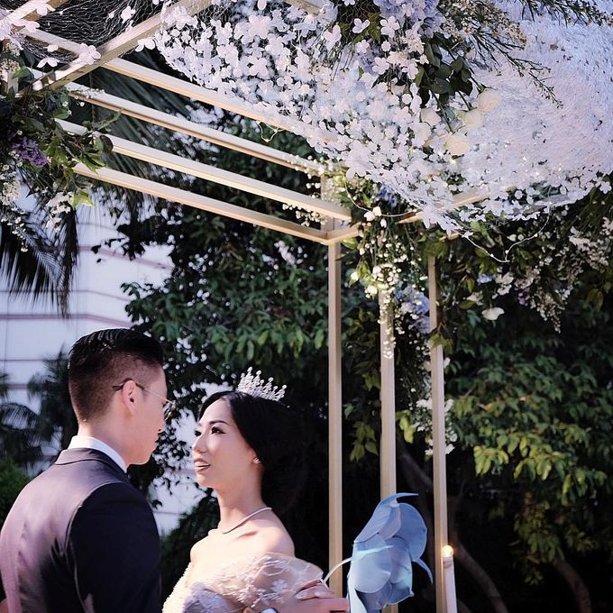 Robert and Michelle Wedding by Orchid Florist and Decoration - 002