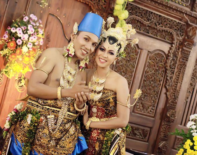 Pernikahan Adat Jawa by Jalutajam Photoworks - 008