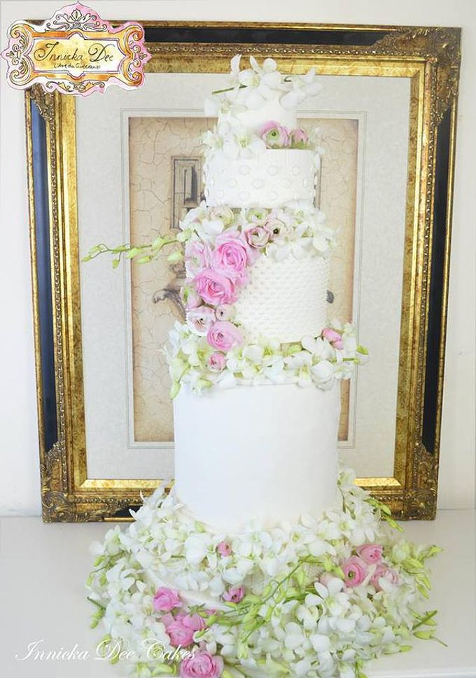 Wedding Cakes by Innicka Dee Cakes - 026