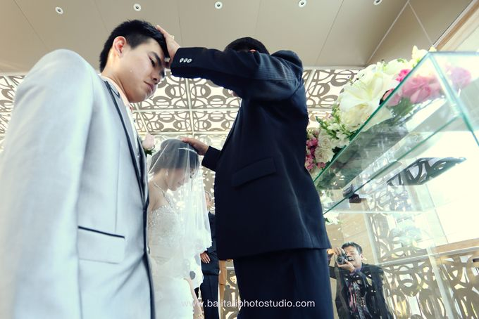 The Wedding of Ivan & Indah by Tati Photo - 030