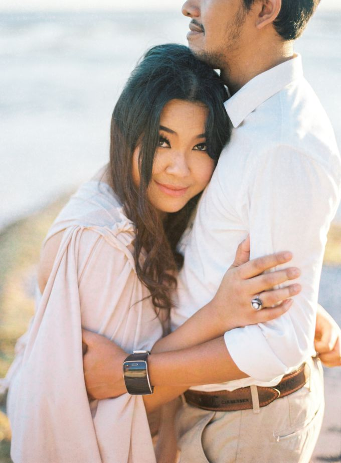 Rian & Kiki Engagement by Arta Photo - 003