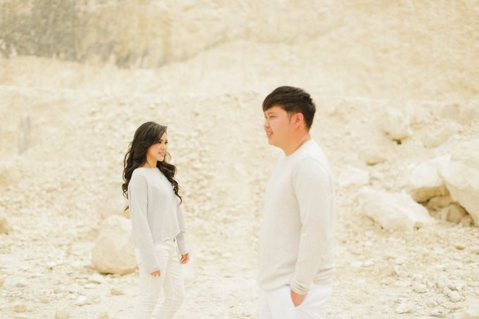 PRE - WEDDING SAMUEL & MERISA BY HENOKH WIRANEGARA by All Seasons Photo - 019