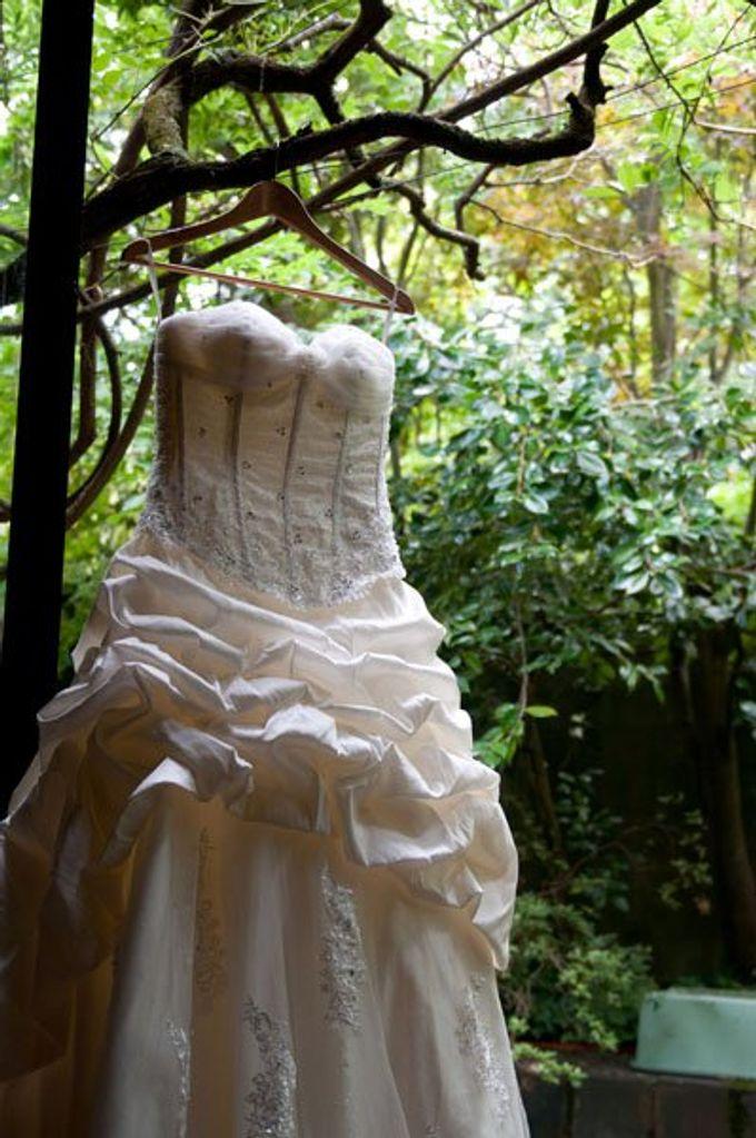 Dandenong Mountains Wedding by Innicka Dee Cakes - 024