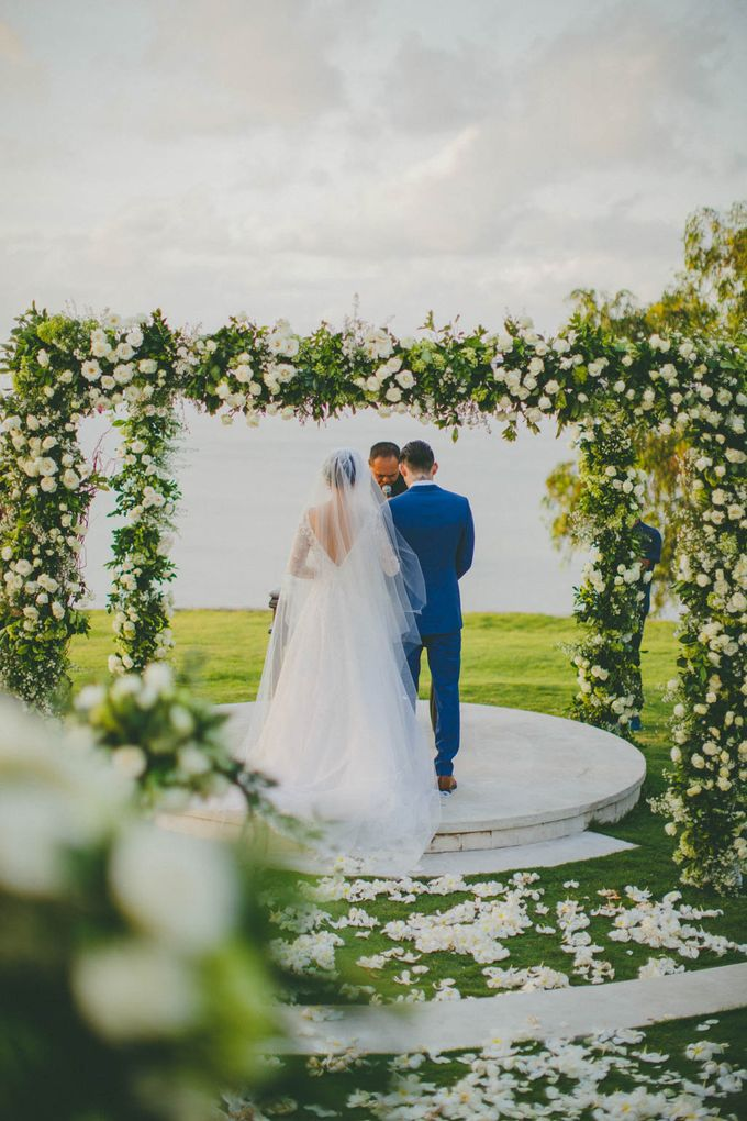 RUSTIC WEDDING DAVID AND JOICE IN SKY AYANA BALI by W organizer - 036