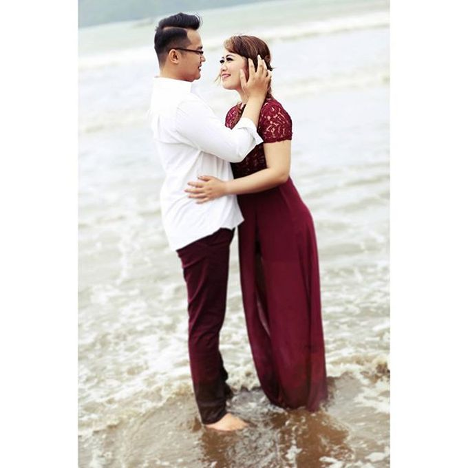 Prewedding Shoot 1 by Yonz Studio Photograph - 028