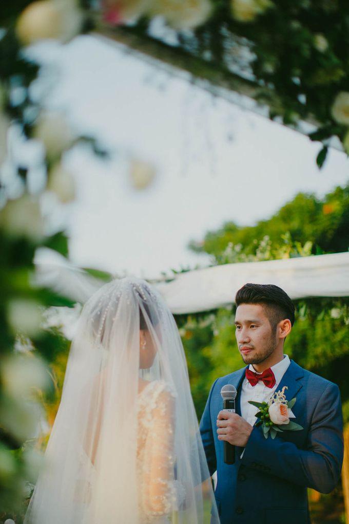 RUSTIC WEDDING DAVID AND JOICE IN SKY AYANA BALI by W organizer - 037