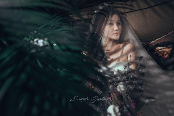 pre-wedding photography by Enoch Gallery - 003