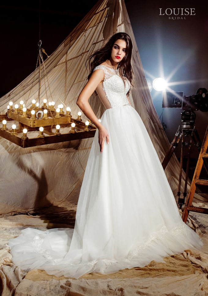"Louise Bridal 2016 ""Magic sails"" by Louise Bridal - 014"
