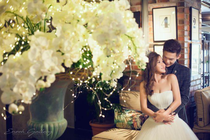 pre-wedding photography by Enoch Gallery - 005