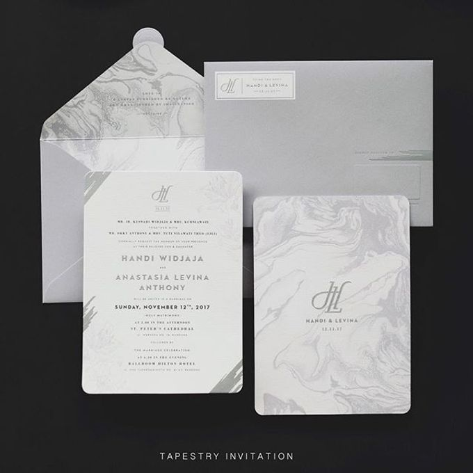 A monochromatic design with marblish pattern creates a simple yet sophisticated design by Tapestry Invitation - 002