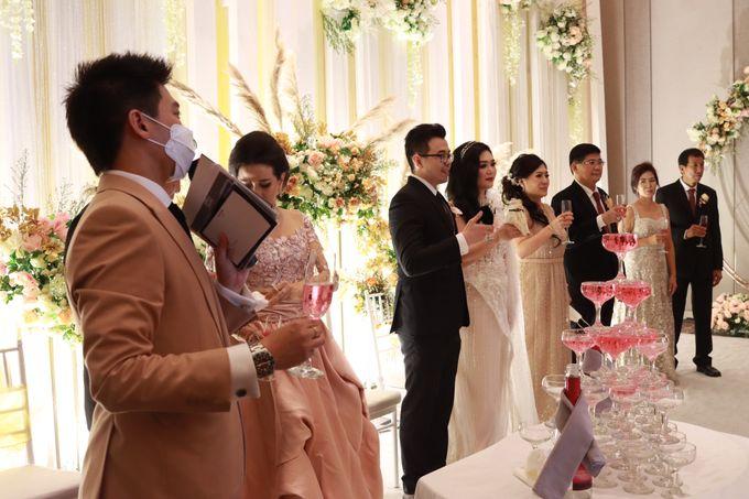 Lounge Jazz wedding band at Double Tree Jakarta by Double V Entertainment by Double V Entertainment - 030